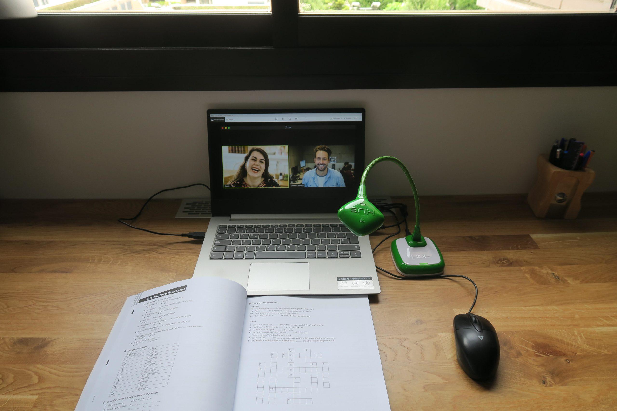 [IT/EN] Guest Post: Vantaggi della telecamera HUE nella didattica online/HUE online teaching uses